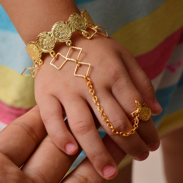 Beautifull Baby Little Girl Gold Bracelet with Attached Ring 2020