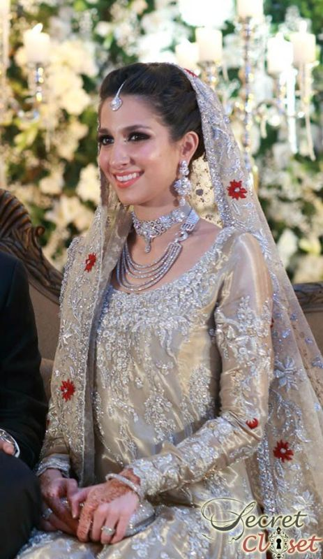 Most Recent Stunning Walima Dresses Trends 2020-21 Brides Looks
